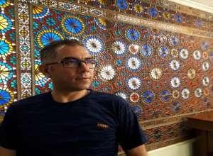 داستانی از احمد درخشان