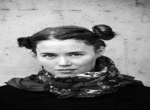 داستانی از لیندا باستروم نازگارد ترجمه ی نازنین عسگری