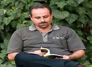 نگاه به «با پریان گریخته از شیشههای عطر»  سرودهی بهمن ساکی   بهزاد خواجات